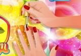 لعبة مناكير اظافر يد الطفلة